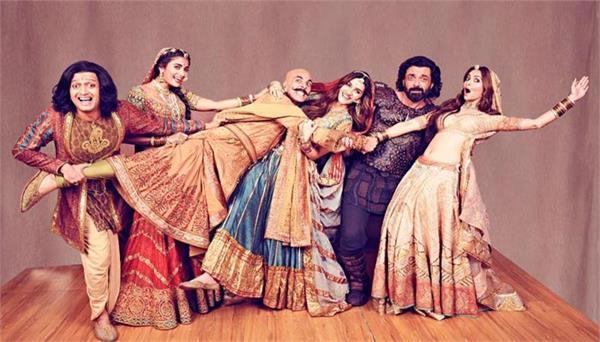 मल्टीप्लेक्स सिनेमाघरों ने बम्पर दिवाली के लिए 'हाउसफुल 4' को कहा धन्यवाद