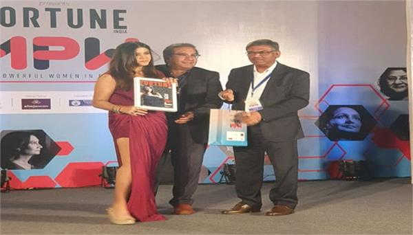 ekta kapoor wins most powerful business woman of the year title