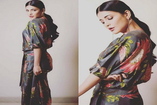 shruti haasan shared beautiful pictures on instagram