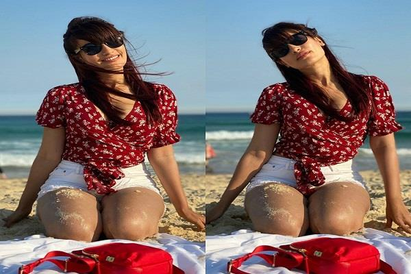 actress surbhi jyoti shares new instagram pictures from her australia vacation