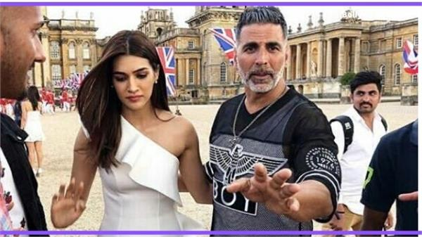 kriti sanon and akshay kumar movie