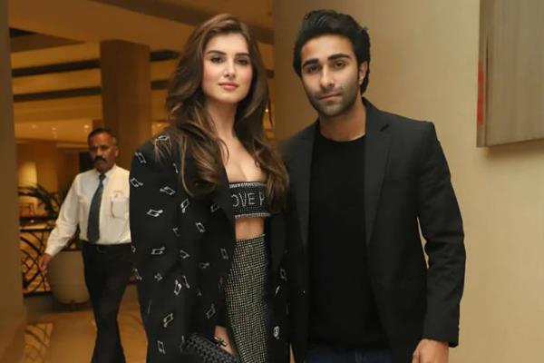 tara sutaria make her relationship official with aadar jain