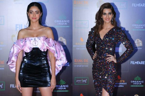 ananya panday and kriti sanon spotted at awards show