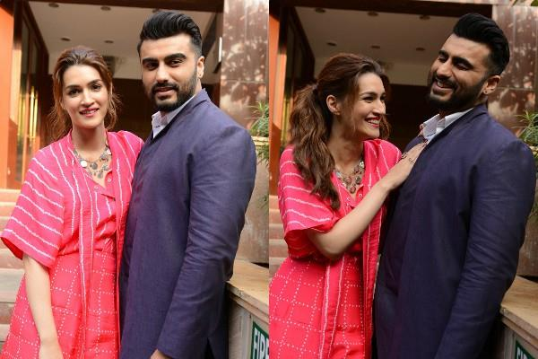 kriti sanon and arjun kapoor during promotion