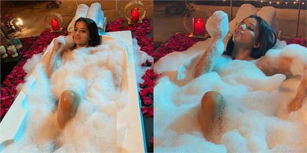 monalisa shares hot pictures of taking bath in the bathtub