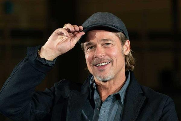 is brad pitt dating to professor woman after divorce from angelina jolie