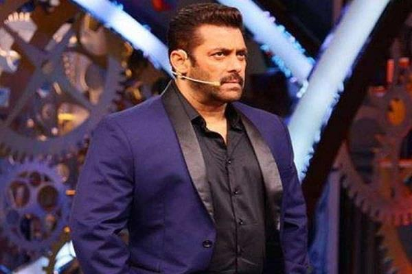 farah khan may be host bigg boss place of salman