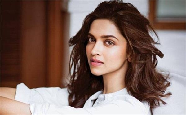 deepika want to work in this movie