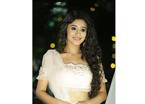 shivangi joshi discharged from hospital