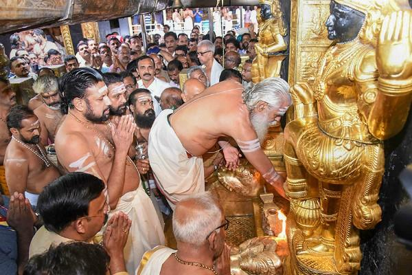 sabrimala controversy 2 women again try to enter the temple
