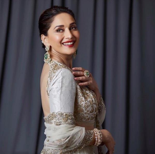 madhuri dixit in important role in luv ranjans next movie