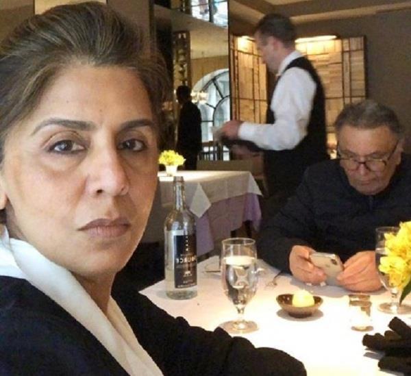 neetu singh share selfie with rishi kapoor
