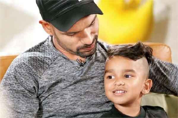 dhawan s son zoravar unique way to grow hair
