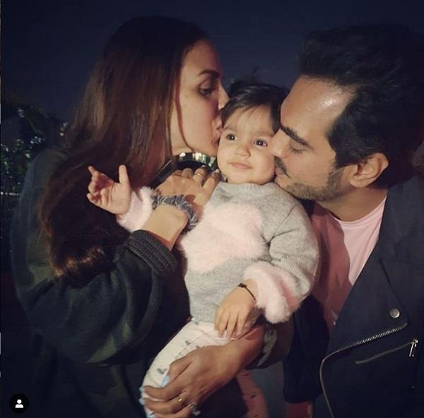 esha deol announce her second pregnancy