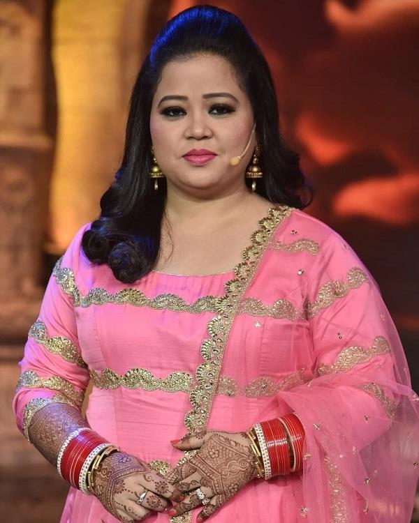 bharti singh stuck in heavy snowfall in srinagar