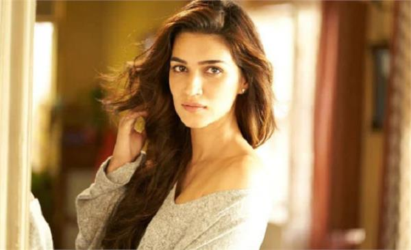 kriti sanon saying about metoo