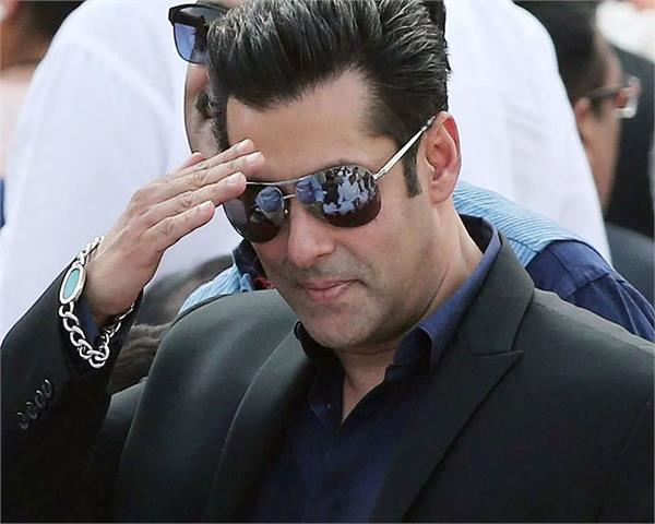 salman khan reveal that why he do charity