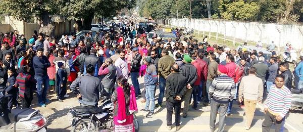 parents protest against school