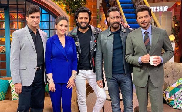 total dhamaal team at the set of the kapil sharma show