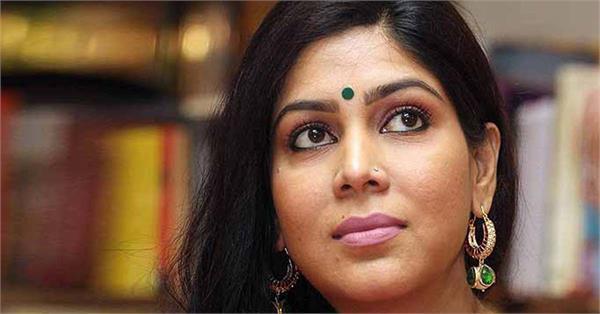 4 arrested for duping sakshi tanwar