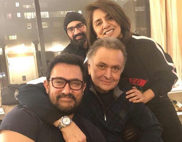 aamir khan visits rishi and neetu kapoor in new york