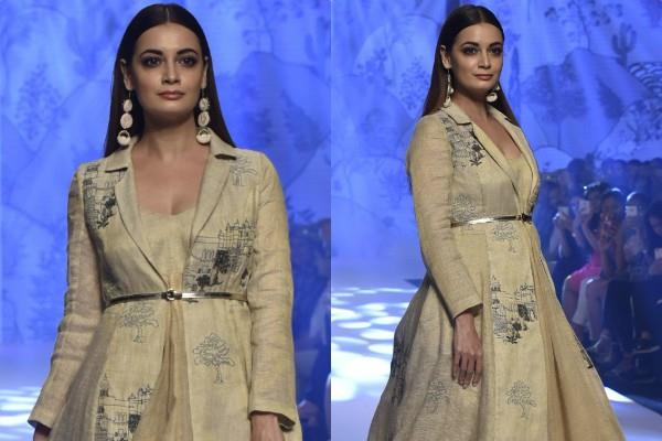 dia mirza walked on ramp for bombay times fashion week 2019