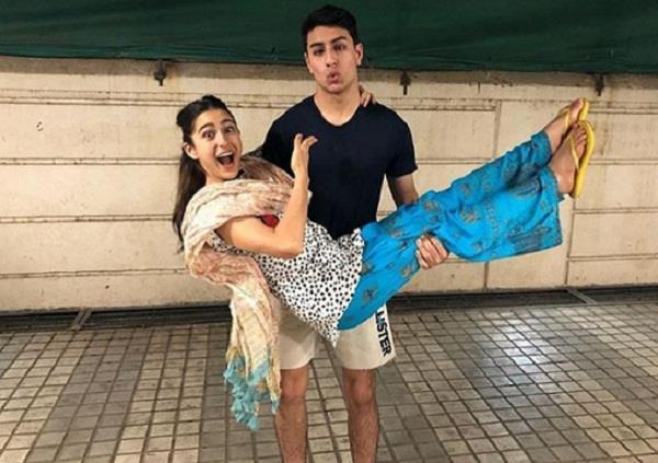 sara ali khan share pic on brother birthday