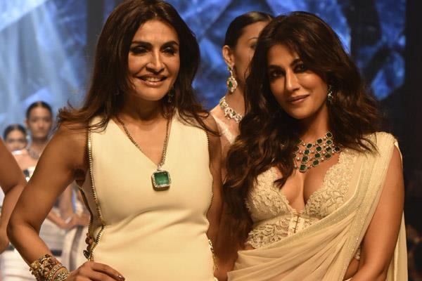 chitrangada singh at fashion show