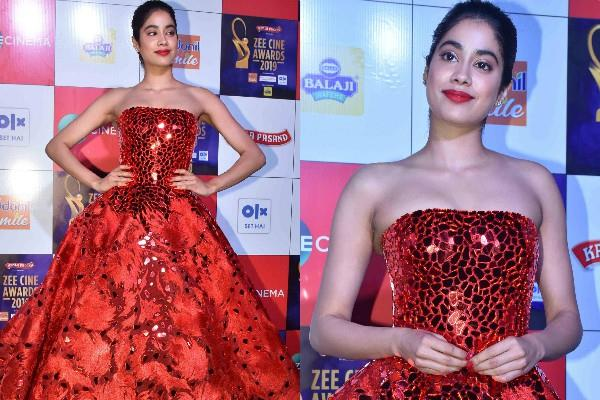 jhanvi kapoor red killer look at award show