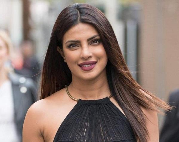 priyanka chopra named among 50 most powerful women in entertainment by usa