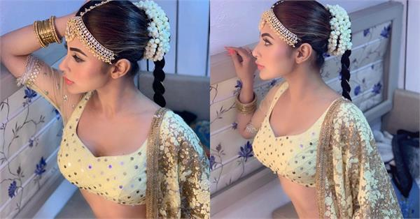mouni roy latest pictures
