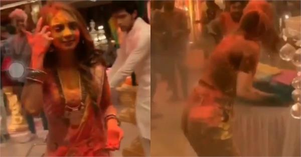 hina khan celebrate holi on the set of kasautii zindagii kay