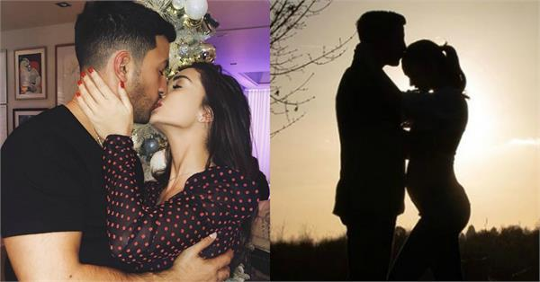 amy jackson is pregnant viral picture