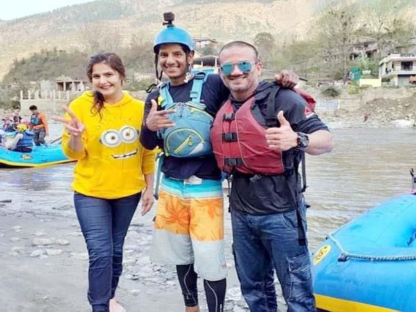 bollywood actress zareen khan arrived kullu