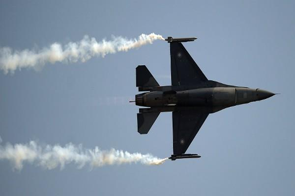 bomb dropped by pak f 16 aircraft not yet torn