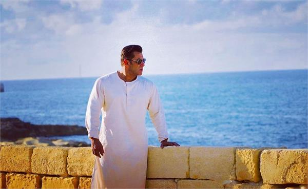 salman khan new picture from set of bharat