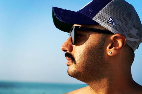 arjun kapoor share maldives vacation pictures