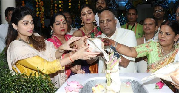 shilpa shetty family spotted at temple