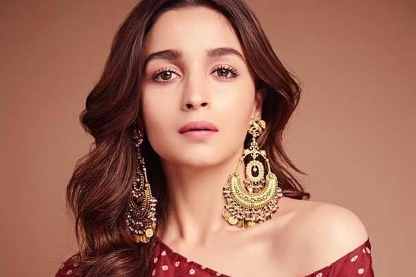 alia bhatt reveal that she cannot vote