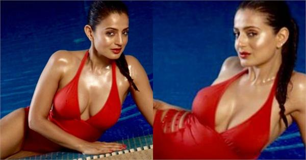 ameesha patel share hot pictures
