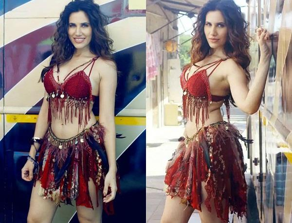 sonnalli seygall viral pictures