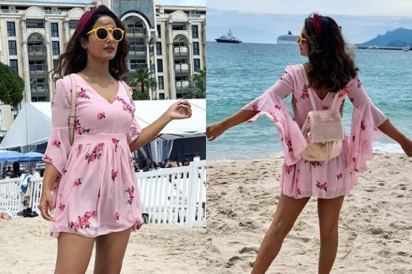 hina khan looks cute in this floral dress at beach
