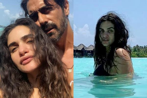 arjun rampal enjoying holiday with pregnant girlfriend gabriella demetriades