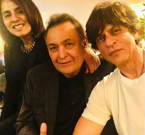 shahrukh arrived in new york to meet rishi kapoor