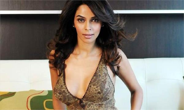 mallika sherawat comeback with web series