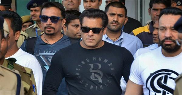journalist files criminal complaint against salman khan for assault