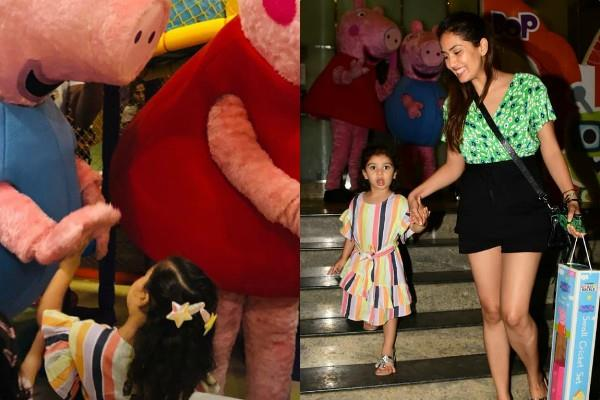 shahid kapoor mira rajput adorable daughter misha kapoor enjoy her play time
