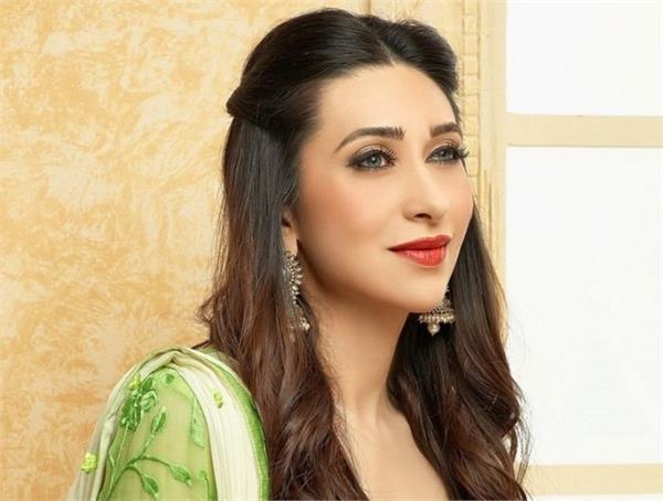 beauty secret of birthday girl actresskarishma kapoor