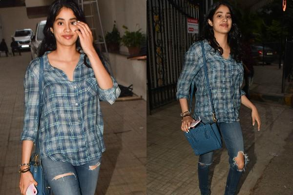 janhvi kapoor spotted at dharma office