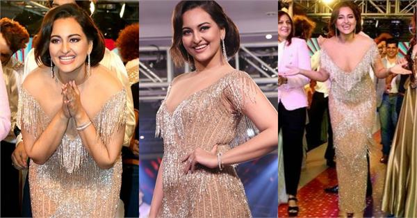 sonakshi sinha oops moment on ramp walk